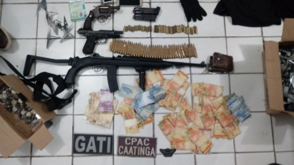 Operação conjunta da polícia desarticula quadrilha que roubou carro-forte