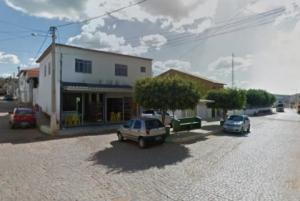 PIRIPÁ: Ex-vereador tem carro roubado na porta de casa por dois bandidos armados