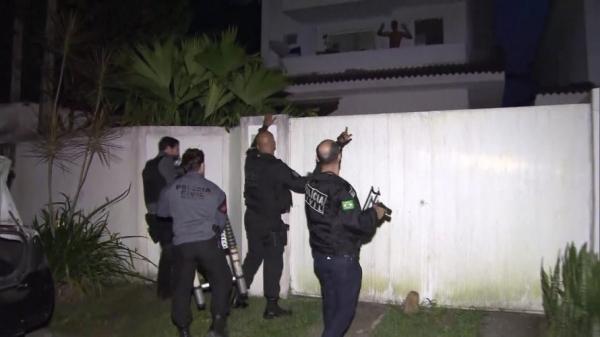 Quadrilha suspeita de desviar R$ 30 milhões é alvo de operação na BA e outros estados; cantor sertanejo é preso