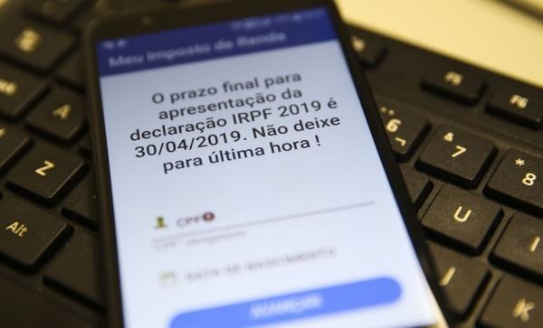 MP acusa viação Novo Horizonte de transportar passageiros em ônibus precários e inseguros