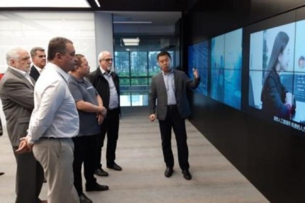 Governo do Estado da Bahia: em Pequim, empresa apresenta sistema de reconhecimento facial a Rui